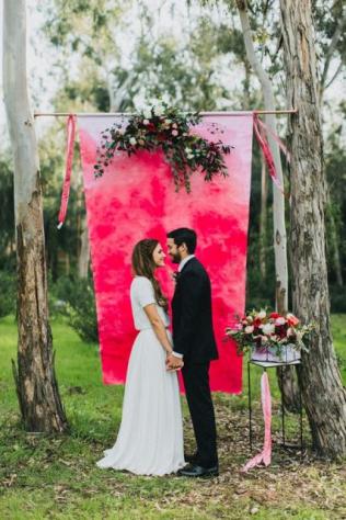 Фотозона на свадьбу своими руками