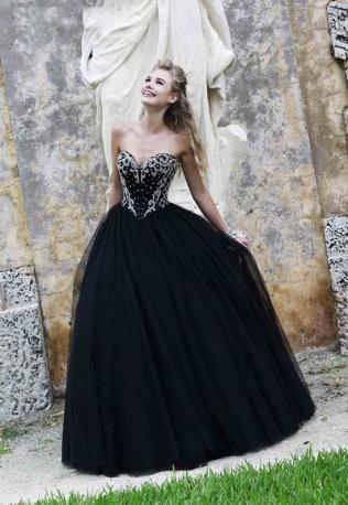 Свадебные платья в черном стиле